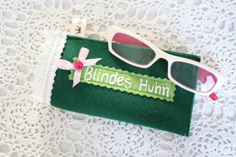 Blindes Huhn Brillenetui