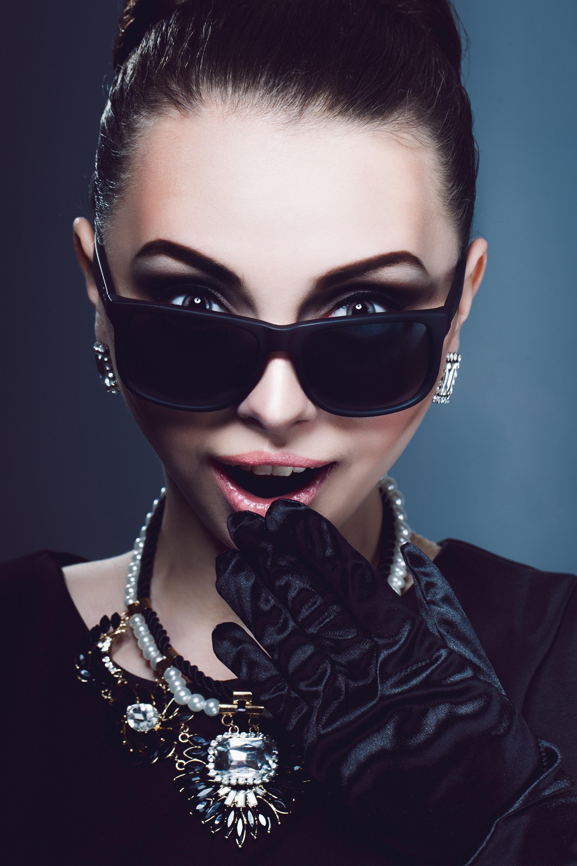 Brillen im Film: Frühstück bei Tiffany\'s - Brillen Trends & Themen